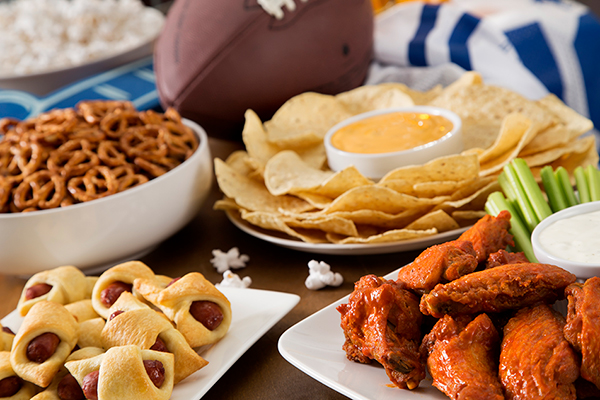 Article image for Food safety tips for tailgating and fall gatherings
