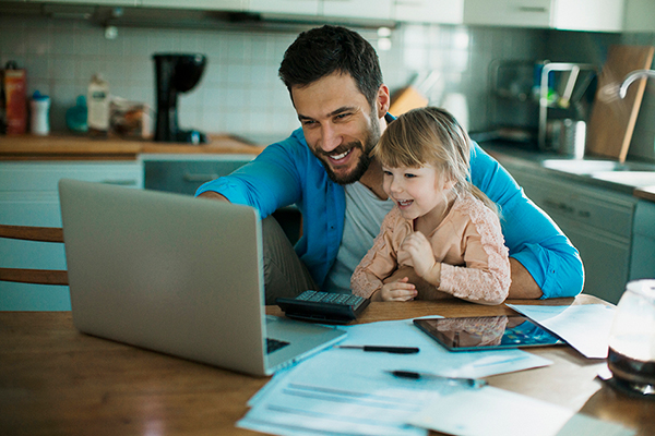 Maintaining strong relationships with your children while working from home