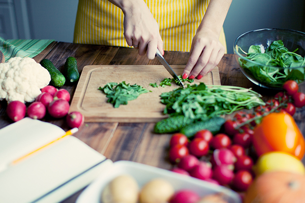 Lower your risk: Food safety measures in the kitchen