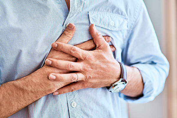 Chronic heartburn, Barrett's esophagus and esophageal cancer
