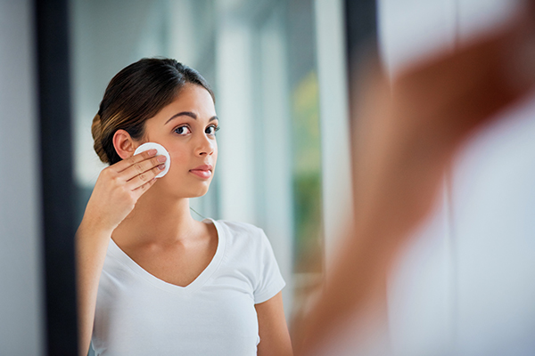 The healthy way to wipe away makeup