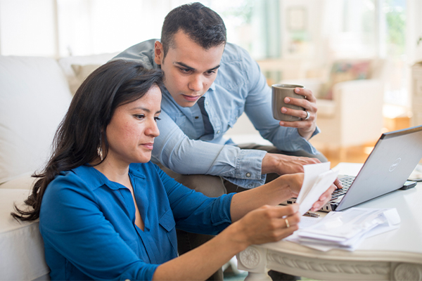 Practice financial fidelity to strengthen your relationship
