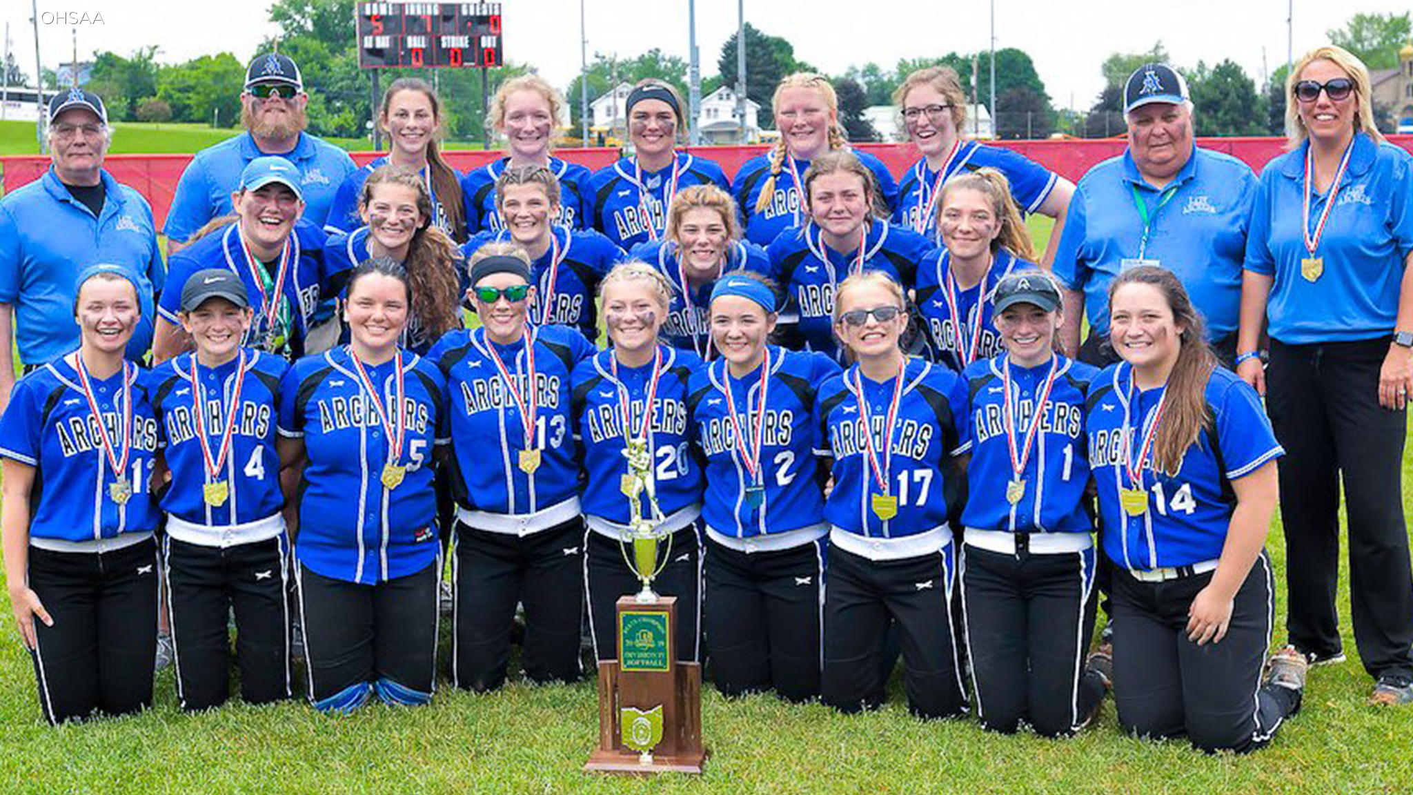 Antwerp softball state title becomes one of celebration for whole community