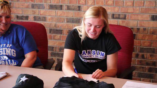 Concordia's Steele signs with Lansing Community College softball