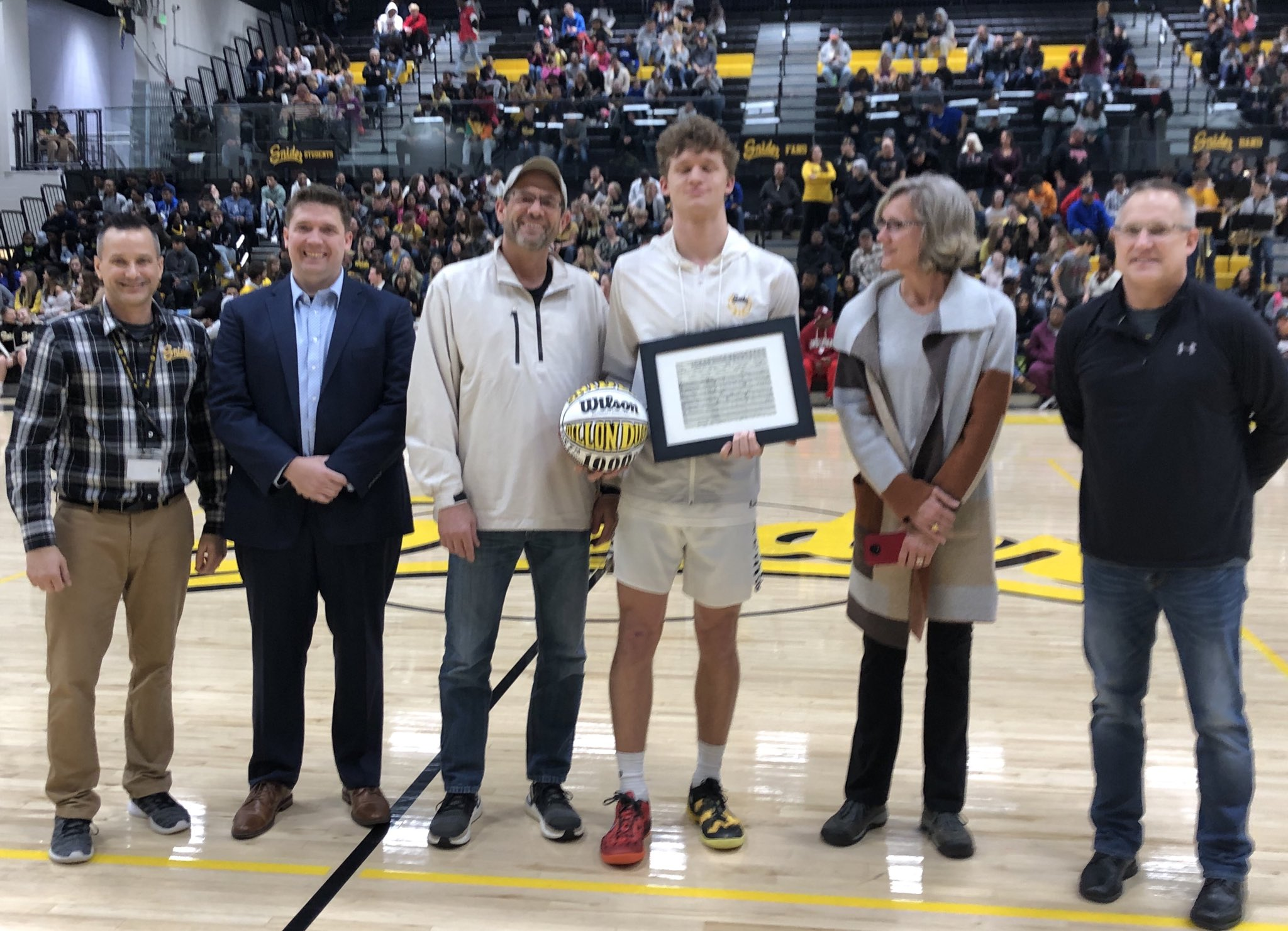 Snider's Duff tallies 1,000th career points