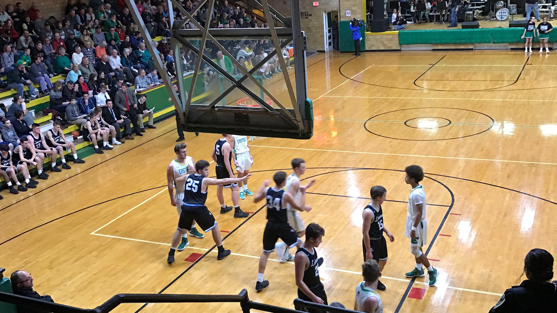 Eastside honors basketball tradition with doubleheader at Old Gym