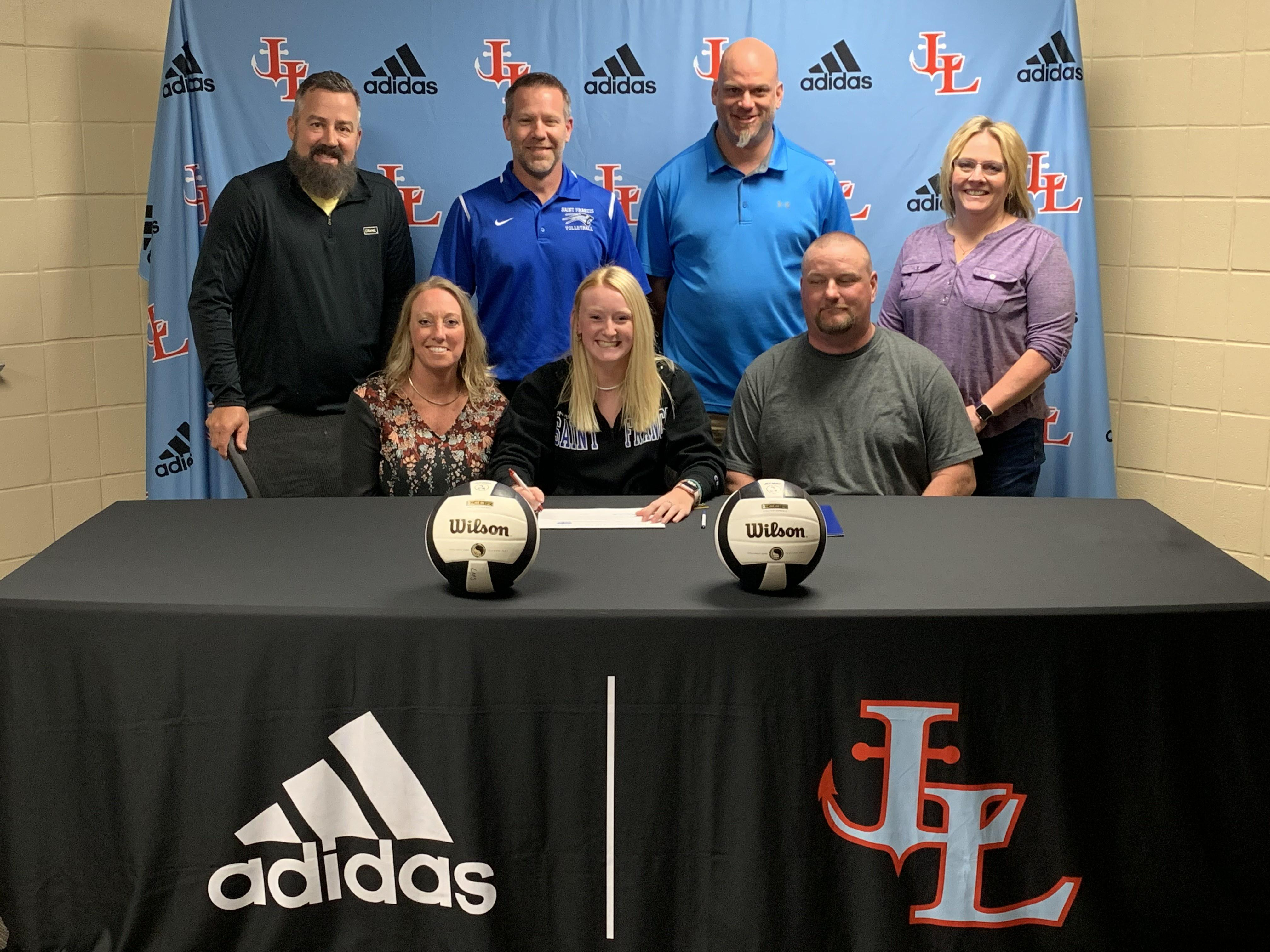 Lakeland's Ray signs with USF volleyball