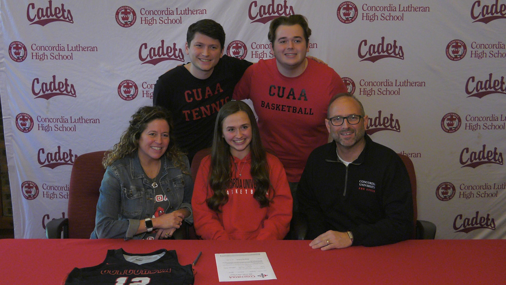 Fritcha doubling up with basketball & tennis at Concordia Ann Arbor
