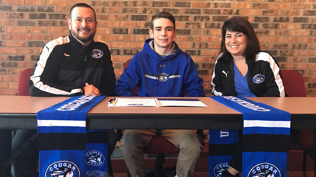 Concordia midfielder English joins USF soccer