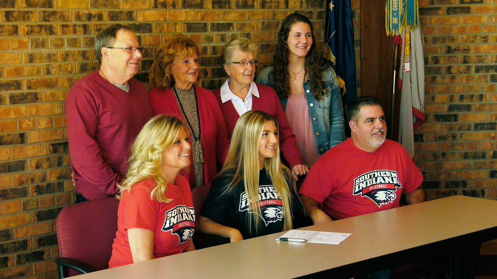 Concordia's Evans signs with Southern Indiana volleyball