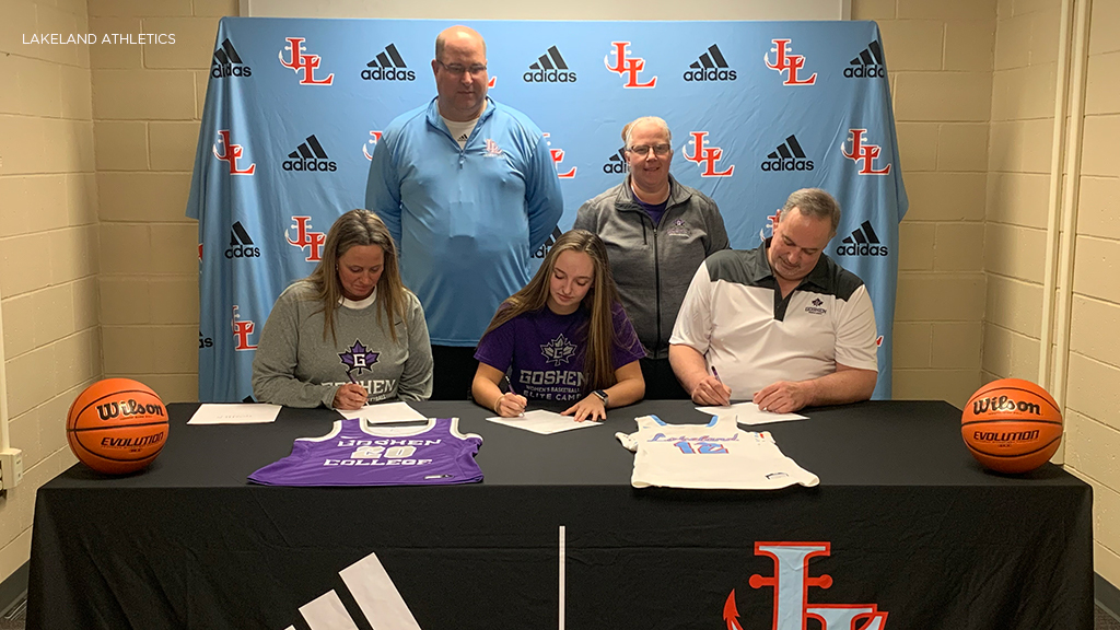 Lakeland's Hillman signs with Goshen College